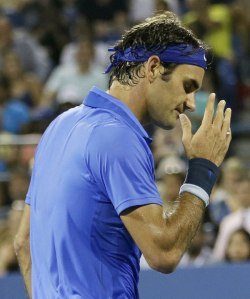 Federer frustrated after missing another break point chance.
